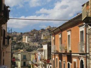 """Looking towards the """"new city"""" of Ragusa Superiore"""