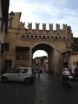 Arch in Trastavere