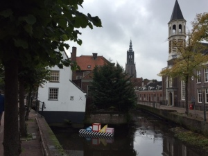 The center of Amersfort, the birthplace of Mondrian. Canals and narrow tall houses as usual.
