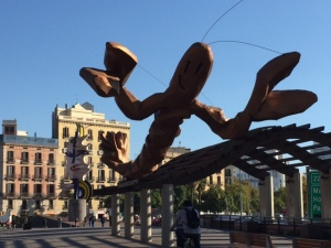 """Gambrinus"", by Javier Mariscal greets visitors coming to the waterfront"