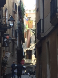 Catalan flags can be seen from many balconies especially after the referendum for independence passed about three weeks ago. Barcelona does have an air of being prosperous. I can see why they want to go their own way.