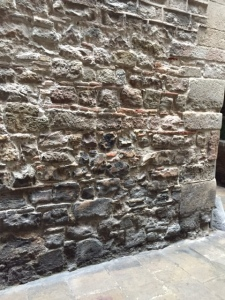 The oldest stone of this wall is from Roman times.