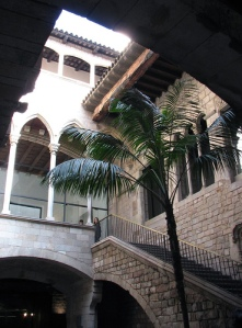 Interior courtyard of the Picasso Museum